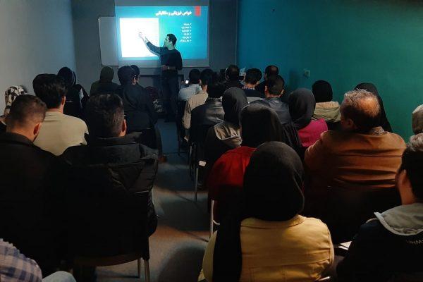 برگزاری کلاس آشنایی با سازه چادری در ایوان خانه مهر قم